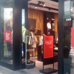 Guess - Mall Alto Las Condes en Santiago