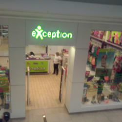 Exception - Mall Plaza Oeste en Santiago