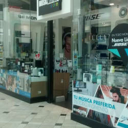Music World - Mall Plaza Vespucio en Santiago