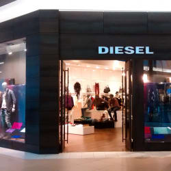 Diesel - Costanera Center en Santiago