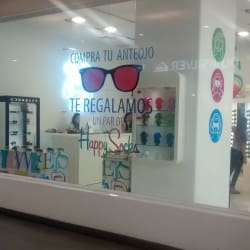 Three Monkeys Eyewears - Mall Alto Las Condes en Santiago