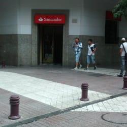 Banco Santander - Huérfanos  en Santiago