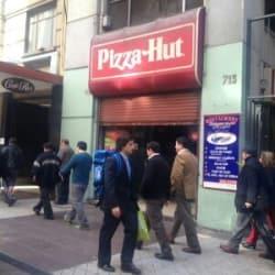 Pizza Hut - Huérfanos / Mac Iver en Santiago