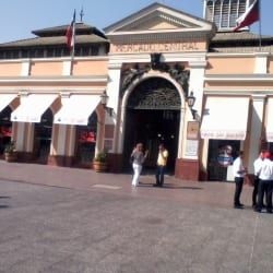 Mercado Central de Santiago en Santiago
