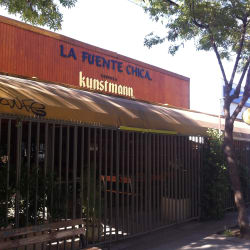 Sandwichería La Fuente Chica en Santiago
