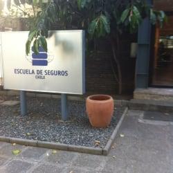 Escuela De Seguros en Santiago