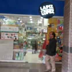 Lapiz López - Paseo Quilín en Santiago