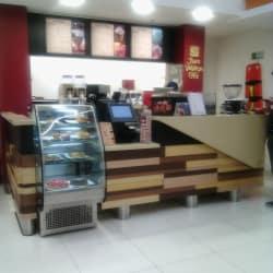 Juan Valdez Café Cineco Mercurio en Bogotá