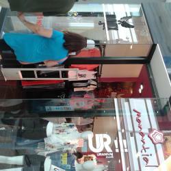 Mantx - Mall Plaza Vespucio en Santiago