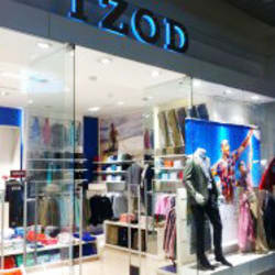 Izod - Costanera Center en Santiago