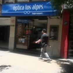 Óptica Los Alpes - Providencia / Nueva de Lyon en Santiago