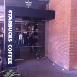 Starbucks - Parque Arauco en Santiago