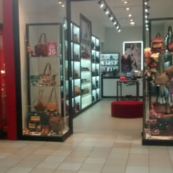 Carteras Italianas - Mall Plaza Norte en Santiago