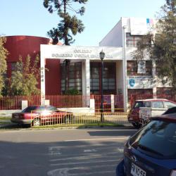 Escuela Oscar Encalada Yovanovich en Santiago