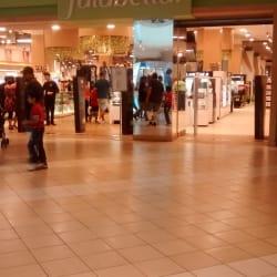 Falabella - Mall Plaza Norte  en Santiago