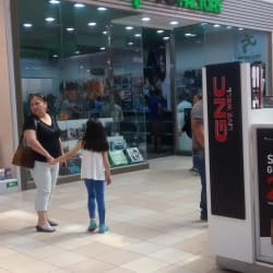 PC Factory - Mall Plaza Norte en Santiago