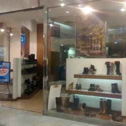 Shoes & Piel - Mall Plaza Norte en Santiago