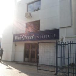 Wall Street Institute - Guardia Vieja en Santiago