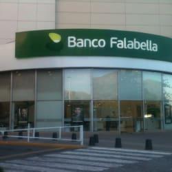 Banco Falabella - Mall Plaza Tobalaba en Santiago