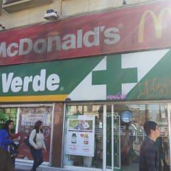 Farmacias Cruz Verde - Metro U. de Chile / Salida Norte en Santiago