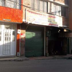 Asadero El Caporal Carrera 14 con 138 en Bogotá