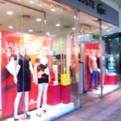 Lacoste - Mall Portal La Dehesa en Santiago