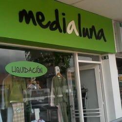 Medialuna Centro Comercial en Bogotá
