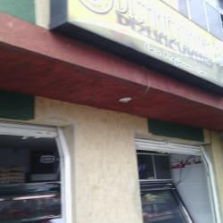 Districarnes J&J   en Bogotá