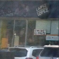Lápiz López - Strip Center Tobalaba en Santiago