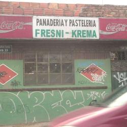 Panadería y pastelería fresni-krema en Bogotá