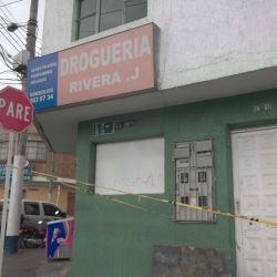 Droguería Rivera J  en Bogotá