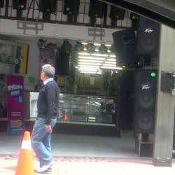 Iluminación Pro Venezuela en Bogotá