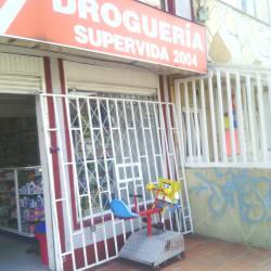 Droguería Supervida 2004 en Bogotá