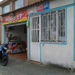 Mini Market Carrera 72B con 52 en Bogotá