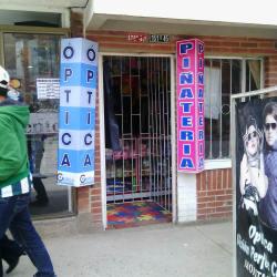Piñatería Carrera 114 en Bogotá