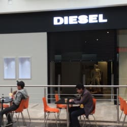 Diesel Americas Outlet Factory en Bogotá
