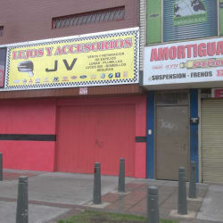 Lujos y Accesorios JV en Bogotá