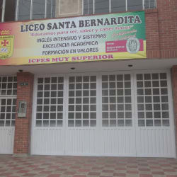 Liceo Santa Bernardina en Bogotá