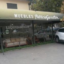 Muebles Patricio Garretón en Santiago
