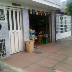 Tienda Carrera 52 con 17  en Bogotá