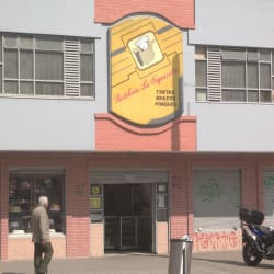 Pasteleria La Esquinita en Bogotá