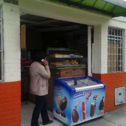 Tienda Calle 74 con 76 en Bogotá