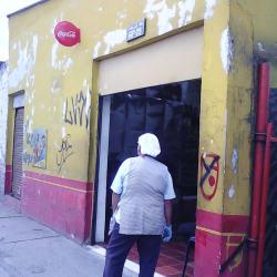 Tienda de barrio Calle 66 con 69B en Bogotá