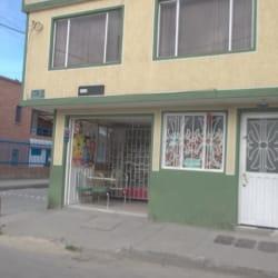 Tienda De Barrio Calle 68A con 81 en Bogotá