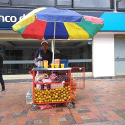 Puesto Ambulante Jugo de Naranja Angie Muñoz en Bogotá