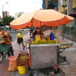 Puesto Ambulante Jugo de Naranja Martha Zapata en Bogotá