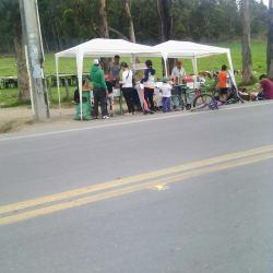 Punto Ambulante Empanadas - Salpicon - Pasteles en Bogotá