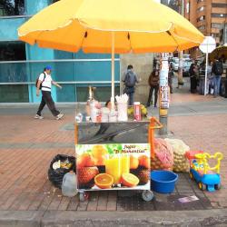 Puesto Ambulante Jugos El Manantial en Bogotá