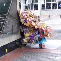Puesto Ambulante Cigarrillos - Paquetes en Bogotá