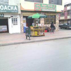 Punto Ambulante de Empanadas - Jugo de Naranja en Bogotá